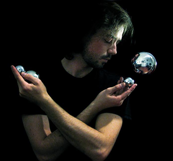 Янник Бушар (Yannick Bouchard), Self Reflexion