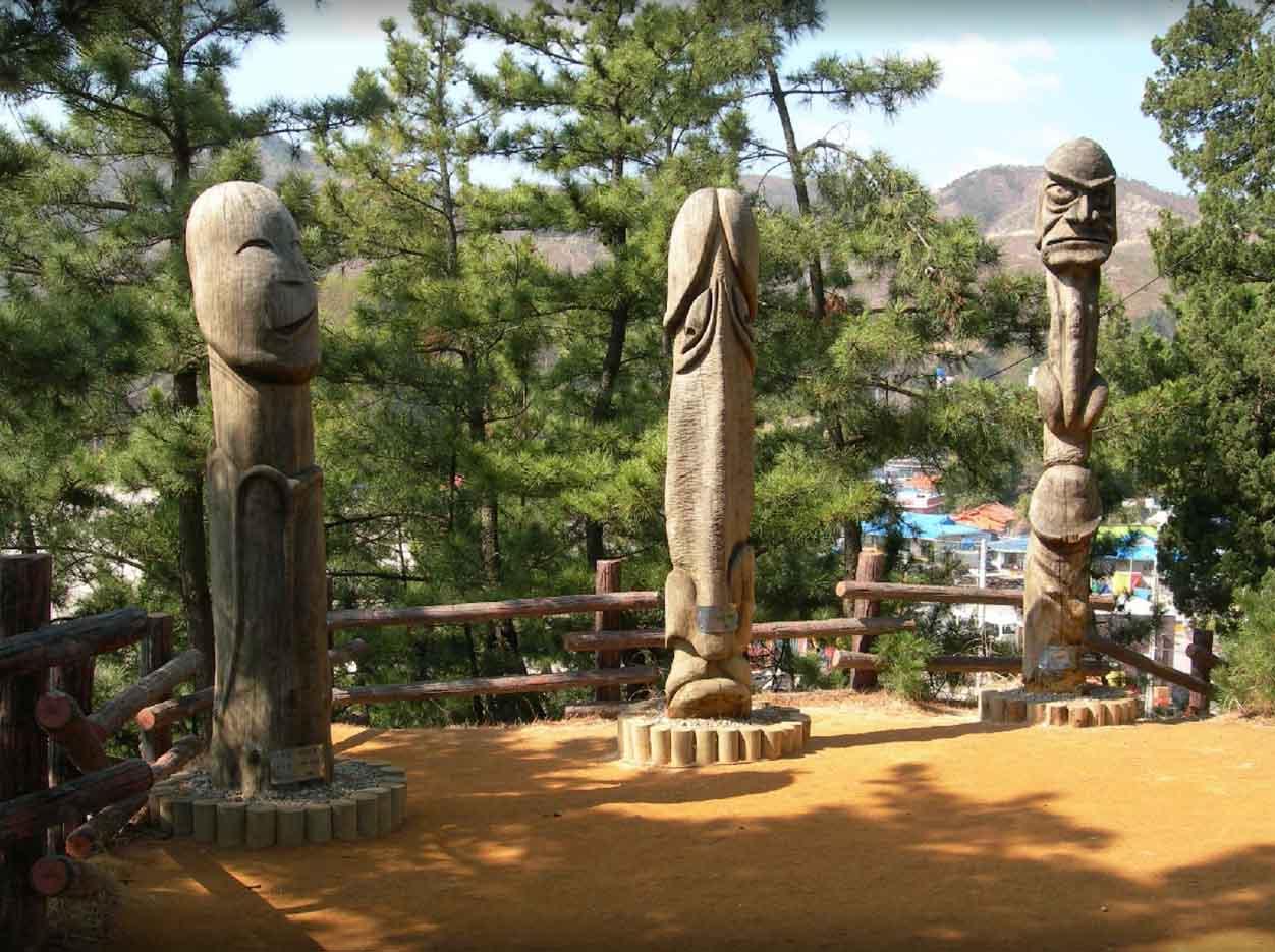 "Samcheok Haesindang Park (The Penis Park) ""Парк Хэсиндан - 14"""