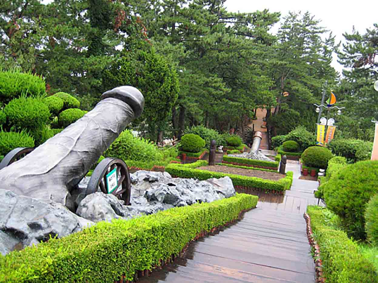 "Samcheok Haesindang Park (The Penis Park) ""Парк Хэсиндан - 58"""