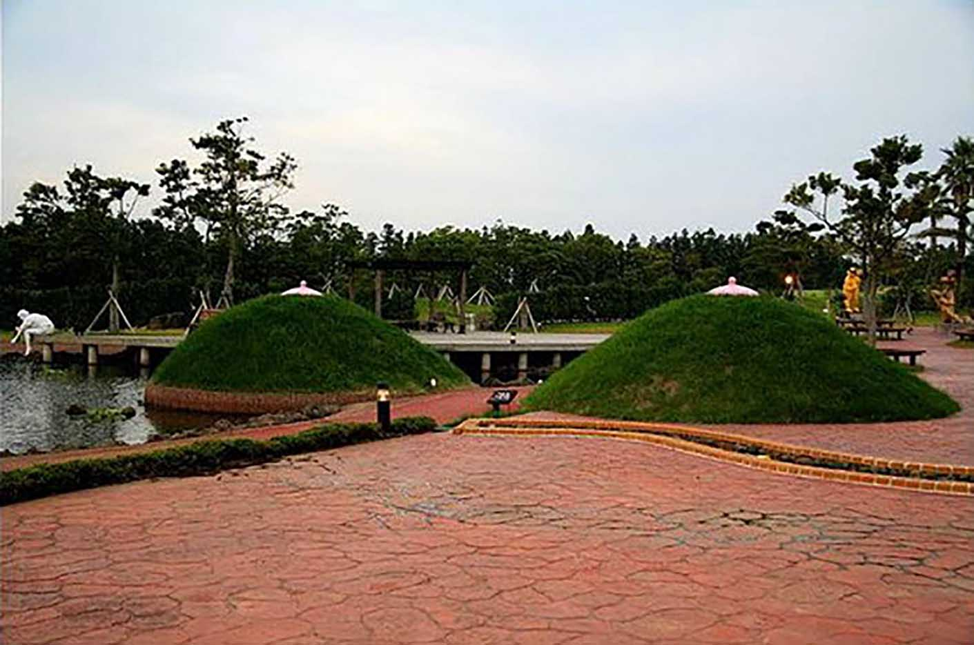 "Erotic sculpture's Park, Jeju Island, South Korea ""Love Land - 2"""