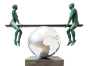 "Лоренцо Куинн (Lorenzo Quinn) ""A Balance World"""