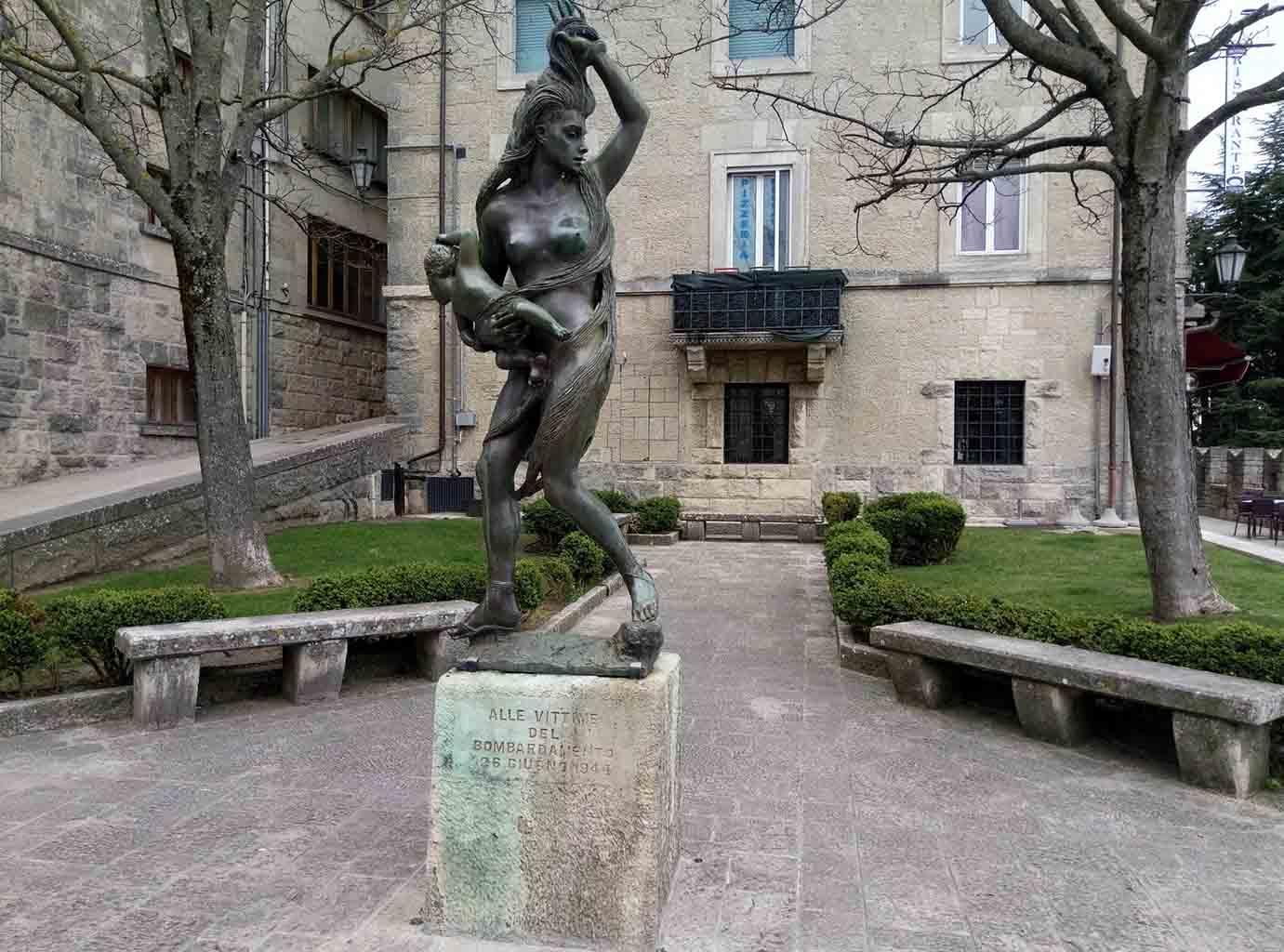 Сан Марино - 11 (San Marino sculpture)