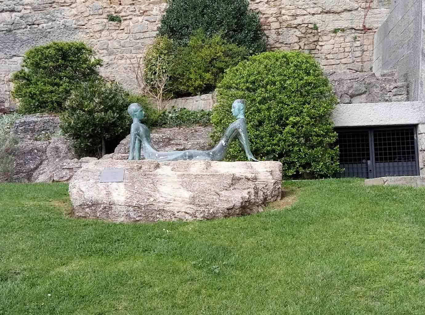 Сан Марино - 14 (San Marino sculpture)