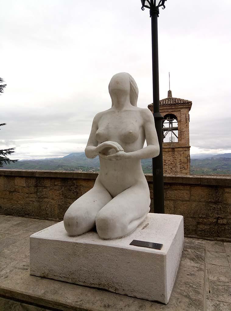 Сан Марино - 15 (San Marino sculpture)