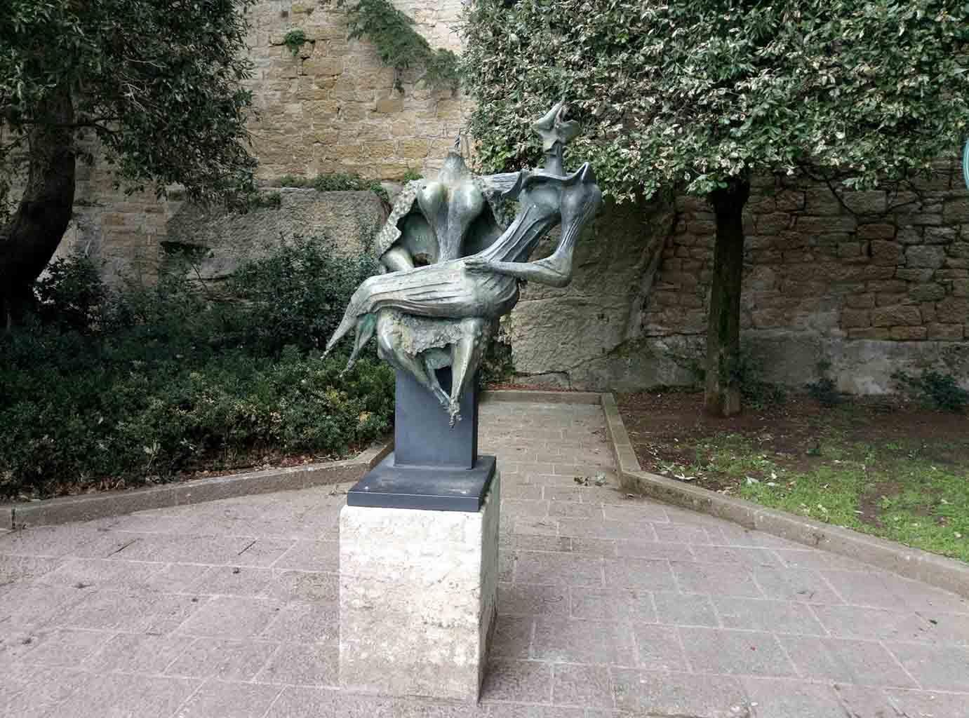 Сан Марино - 25 (San Marino sculpture)