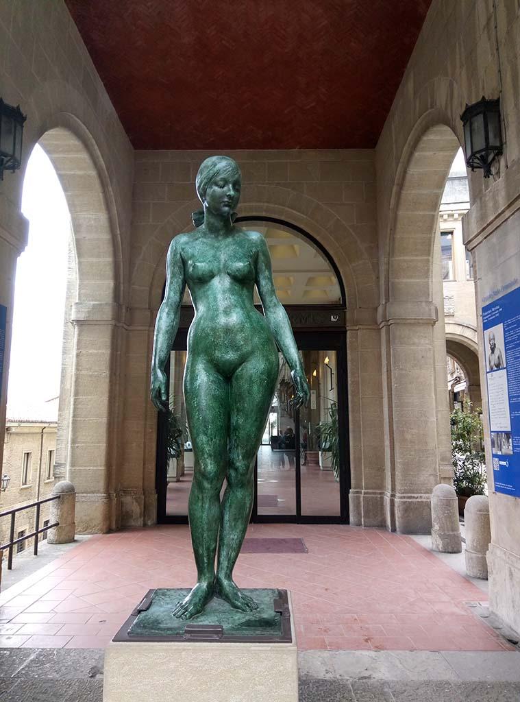 Сан Марино - 2 (San Marino sculpture)